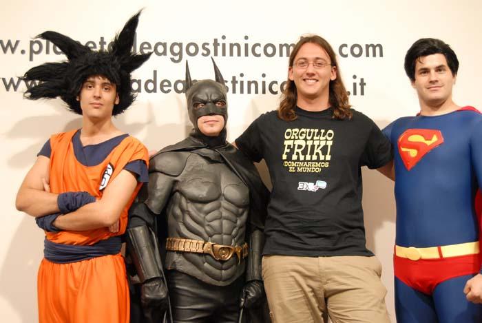Ni goky ni Batman ni Superman, ni ese tipo de la camiseta negra faltaron a la Fiesta del Orgullo Friki de 2007