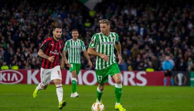 Las imágenes Del Real Betis - Milan
