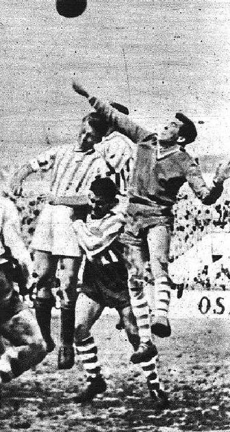 Betis-Recreativo-de-Granada-Liga-1954-NMP-Marca-16-03-1954